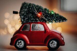 christmas tree, red car